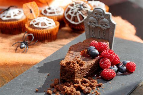 gateau au chocolat tombe dhalloween une recette de