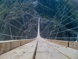 The Trift Bridge: The Longest Pedestrian Suspension Bridge ...