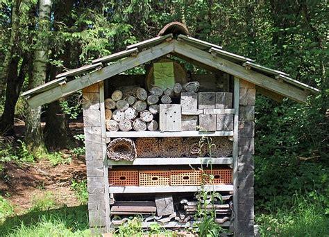 Bauholz Kaufen So Erkennen Sie Qualitaet by Insektenhotel Kaufen So Erkennen Sie Ein Artgerechtes