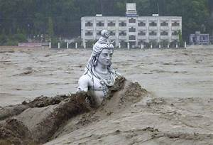 Pax on both houses: Submerged Statue Of Lord Shiva In ...