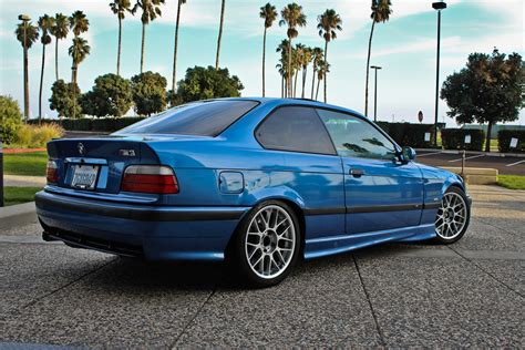 BMW E36 M3 Coupe - Classic BMW Cars