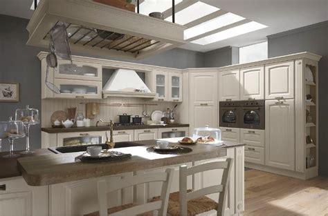 alpe arredi cucine mobilturi classiche  moderne