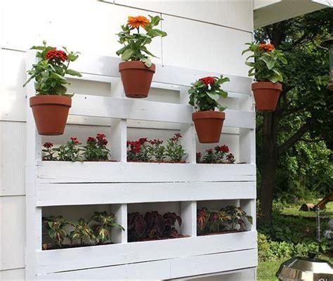 creative diy garden planters  pallets pallets designs