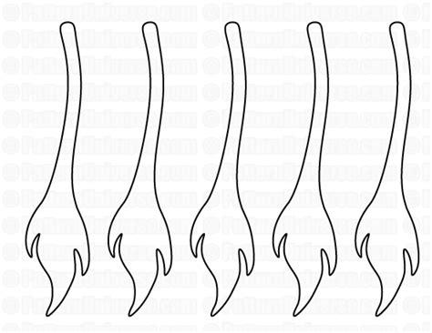 lion tail pattern daniel   lions den pinterest