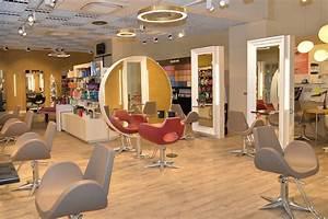 Miroir De Salon : effet miroir salon de coiffure barbier femmes hommes aix les bains ~ Teatrodelosmanantiales.com Idées de Décoration