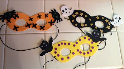 Easy Halloween Arts And Crafts Ideas For Kids  Find Craft