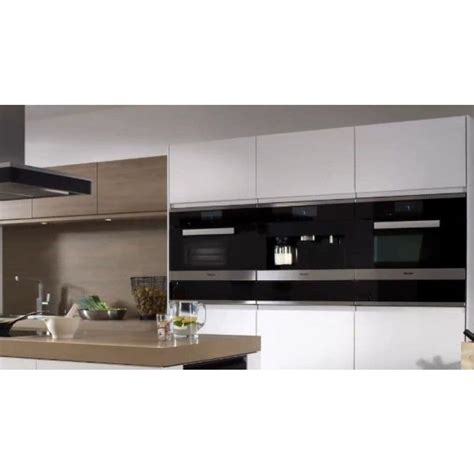 Choose this luxury piece to complete any kitchen. MIELE CVA6401 Built-in coffee machine with bean-to cup ...