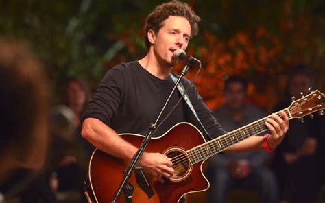 Jason Mraz Performs 'quiet' From His Upcoming