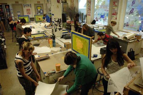 school   museum  fine arts   run  tufts