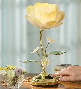 charming white flower table lamp the interior design With lamp light florist