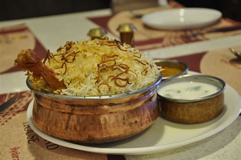 biryani hyderabadi india chicken hyderabad food dishes most mutton meat indian foods americans states stale delhi famous dish popular than