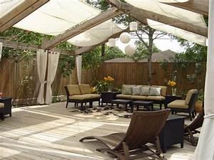 pergola en bois avec rideaux 50 idees cools pour le With lovely amenagement petit jardin exterieur 4 pergola design amenagement de jardin en 50 photos
