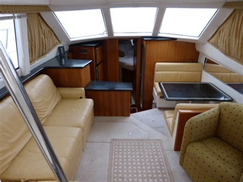 westwind yacht sales  carver  aft cabin motor yacht