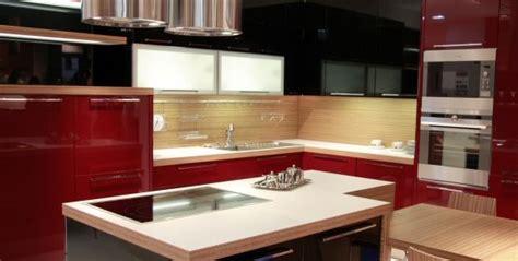 plan de travail cuisine sur mesure stratifié plan de travail en quartz silestone pour cuisine et salle