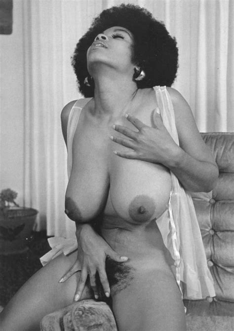 Vintage Ebony Hairy Pussy And Big Tits A Ebony Vintage Retro Big Boobs Areola Image Uploaded By