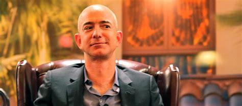 amazon boss pockets  million times   average