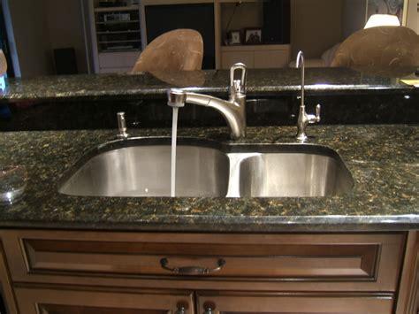 kitchen sink food dispenser grohe kitchen sink soap dispenser kitchen design ideas 5807