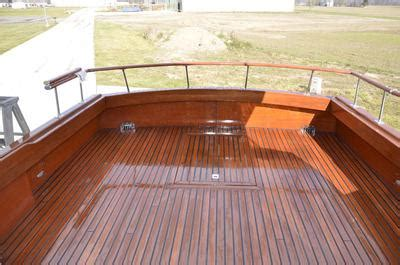terri lee ii   foot chris craft constellation