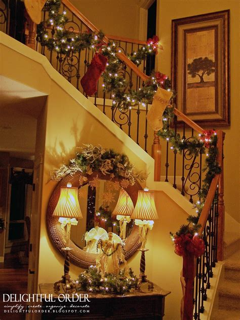christmas staircase delightful order staircase christmas decorating