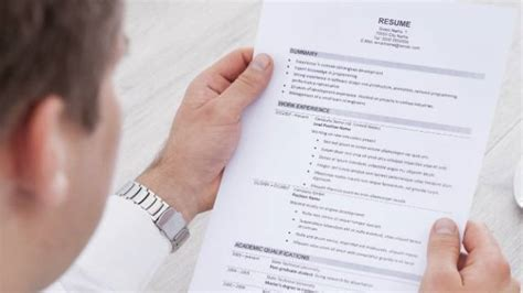 15 things you should never put on your resume