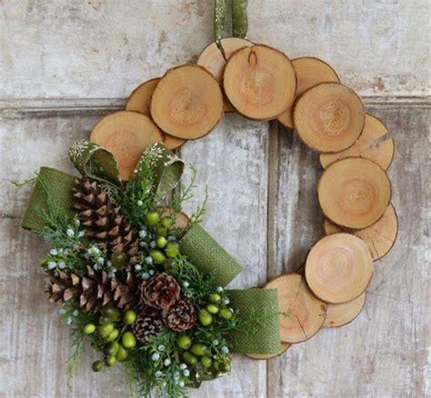 Weihnachtskranz Aus Holz by Weihnachtsdeko Aus Holz Weihnachtskranz Holzscheiben