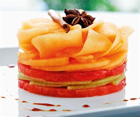 cuisiner du saumon astuces du chef cyril lignac gâteau de melon et plemousse