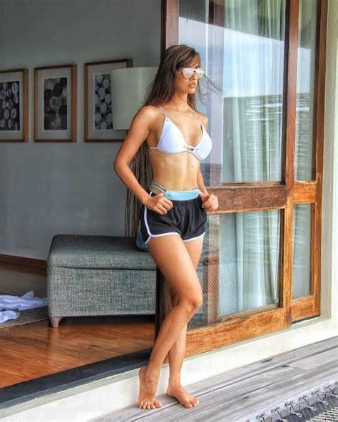top  bollywood actress pics hot bold bikini body