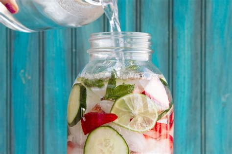 10 Refreshing Summer Cocktail Recipes To Help You Keep Your Cool by 30 Weight Loss Soup Recipes That Are Healthy Delicious