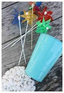 Summer, Table, Decoration, With, Pinwheels