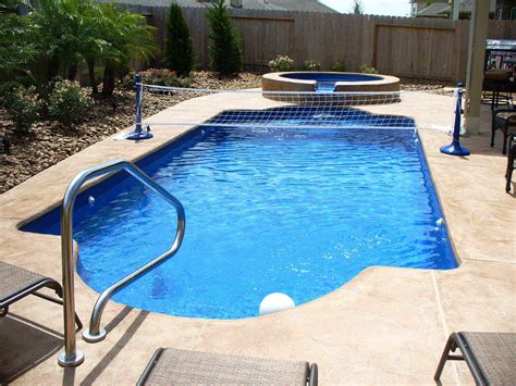 Anybody Need This Above Ground Saltwater Pools For Sale