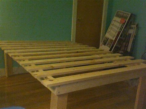 cheap easy  waste platform bed plans wooden bed