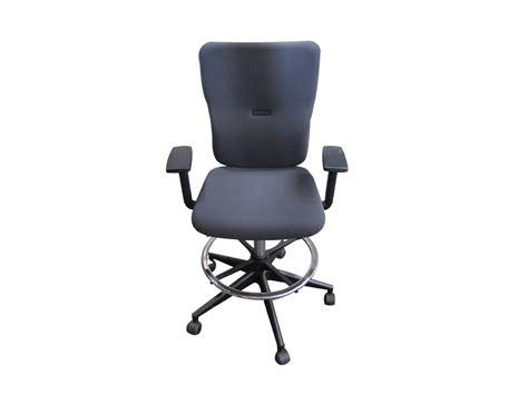fauteuil de bureau d occasion fauteuil let 39 s b steelcase occasion modèle d 39 exposition