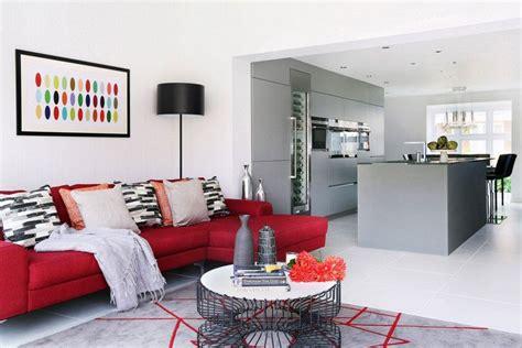 idee deco salon en rouge   sympas embellir espace