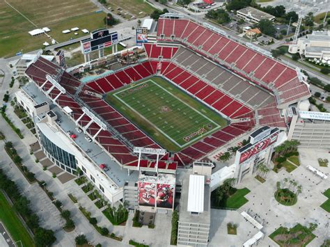 There's No Place Like Home - Who Has The Best NFL Stadium