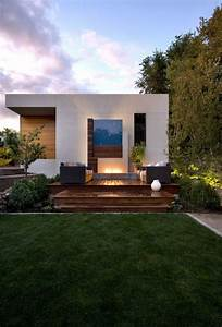 Small, Modern, House, With, Cost, Effective, Accessories, And, Decors