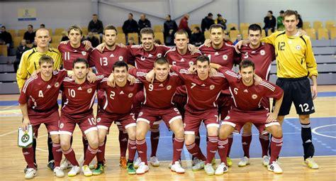 Paziņots Latvijas telpu futbola izlases sastāvs dalībai EČ ...