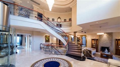 peek  perths mega mansions