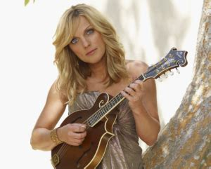 famous female mandolin players