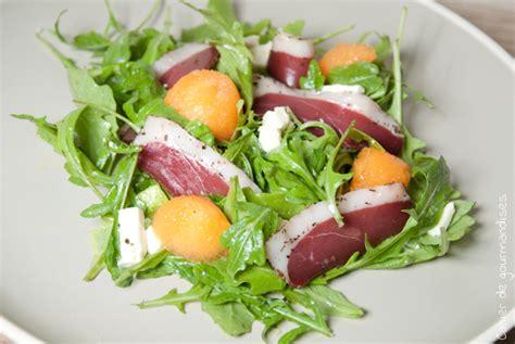 plats simples à cuisiner salade de roquette melon feta et magret séché