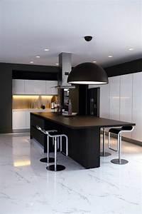 Deco Noir Et Blanc : osez la d coration noir et blanc pour votre cuisine ~ Melissatoandfro.com Idées de Décoration