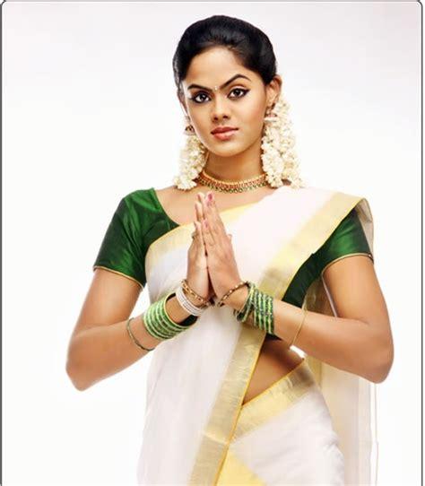 karthika cine actress actress karthika in kerala saree stills cine pictures