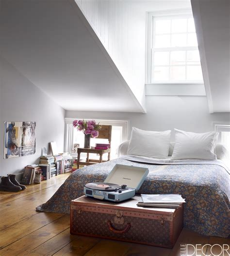 Bedroom Decorating Ideas Small Rooms