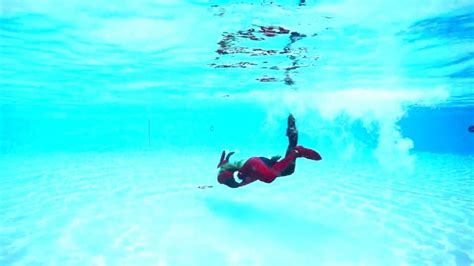 trina mason  halloween harley quinn underwater