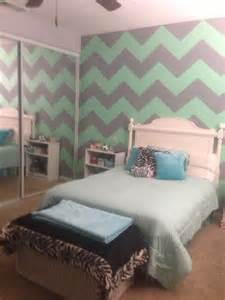 mint green gray chevron walls home decor pinterest