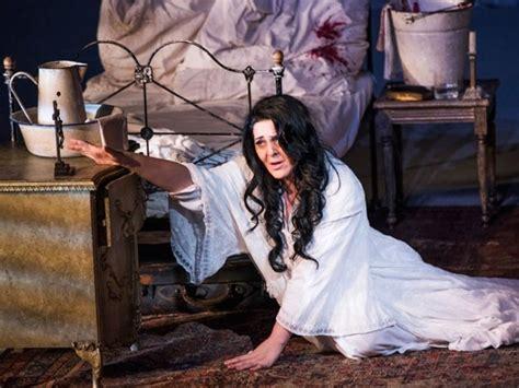 la traviata royal opera house covent garden production