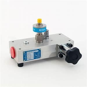Ct300r  Ct400r Analogue Series  Turbine Flowmeters With