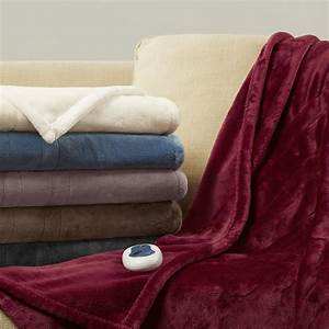 Beautyrest Heated Plush Oversized Throw  U0026 Reviews