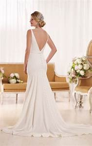 Modern classic wedding dresses essense of australia for Classic modern wedding dresses
