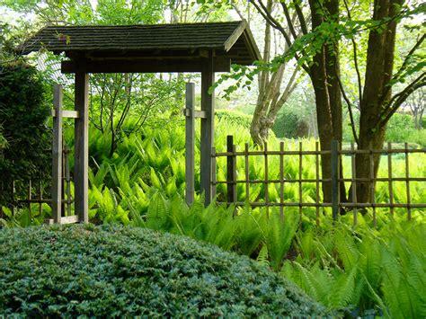 Japanischer Garten Eingangstor by Roji Japanische G 228 Rten Fr 252 Hling Im Japanischen Garten In