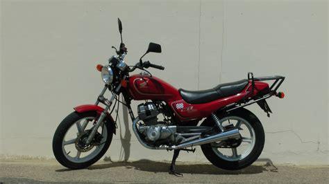 honda cb 250 honda cb 250 motorcycle free stock photo public domain